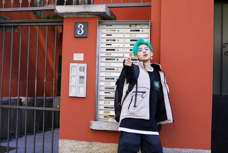 乔丹质燥携Tim Coppens发布新品,潮酷艺人抢鲜示范